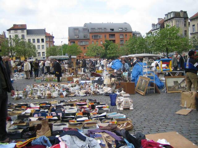 Marché aux puces Marolles Bruxelles
