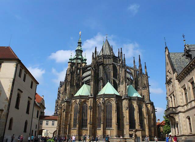 Autre vue de la Cathédrale Saint-Guy de Prague