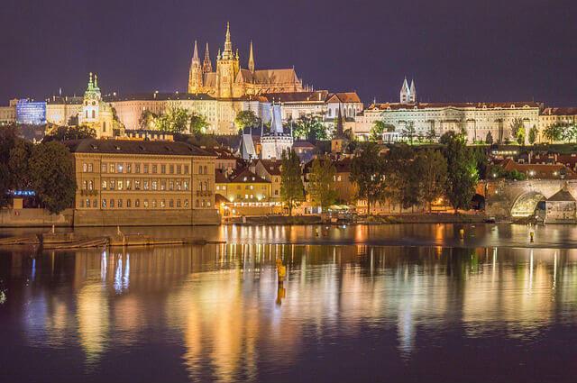 Croisiere Vltava Prague nuit