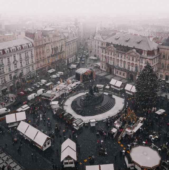 Place Vieille Ville Prague en hiver
