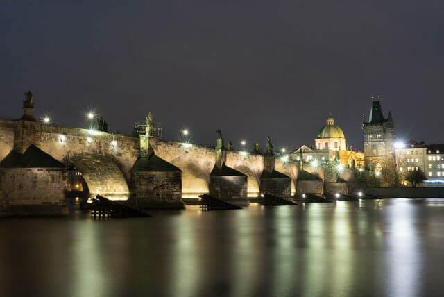 Pont Charles Prague Nuit